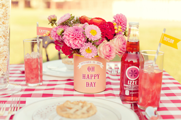 Southern-Weddings-southern-wedding-ideas-gingham-wedding-ideas-izze-wedding-soda