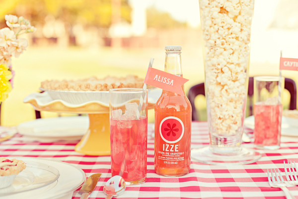 Southern-weddings-Southern-wedding-ideas-pink-wedding-ideas-custom-drink-straws